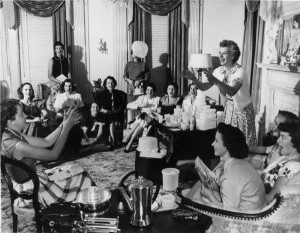 Tupperware Party 1950s