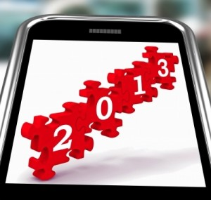 2013 puzzle pieces on smartphone