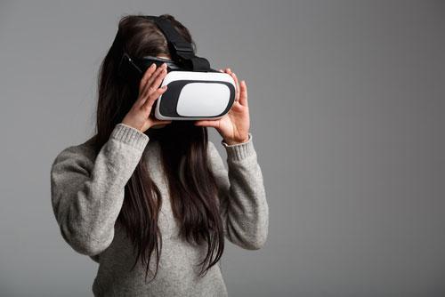 Antisocial Virtual Reality – Retinas Deep